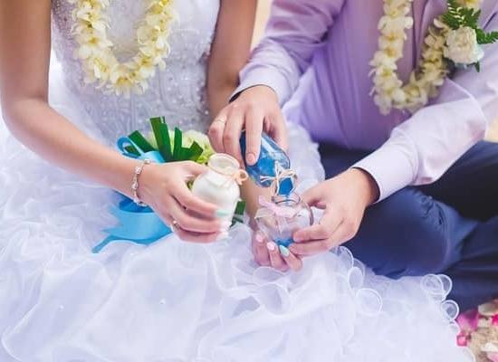 wedding-ceremony-ideas-sand-min